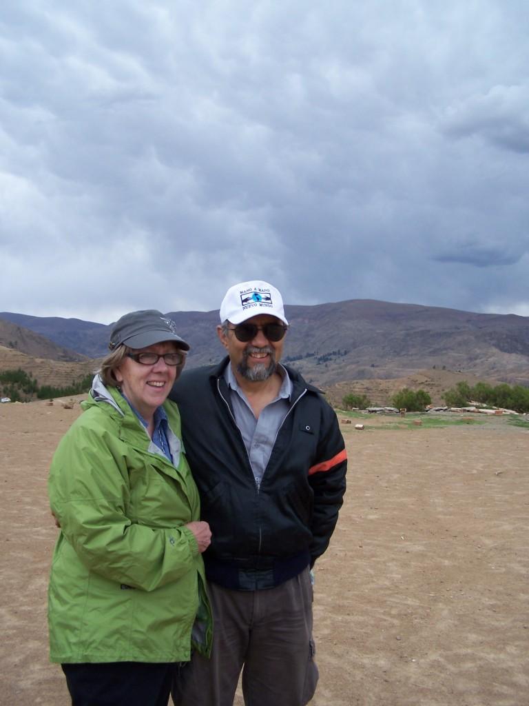 Susane  Eyre with Mano a Mano co-founder Segundo Velasquez on a trip to Bolivia in November 2012