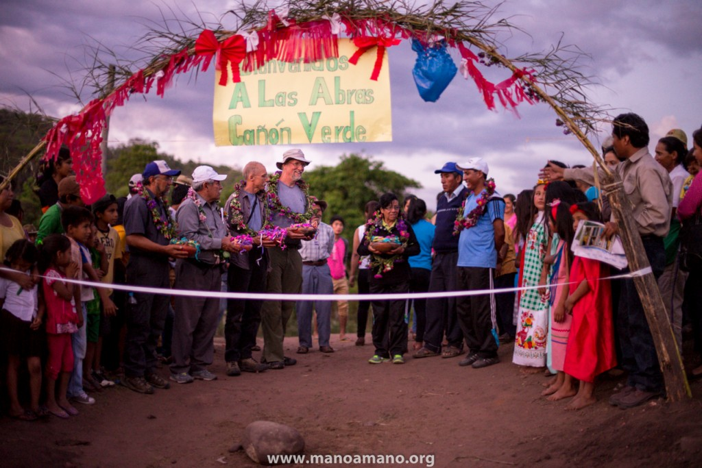 Dedication ceremony for the El Palmar road project, November 2014.