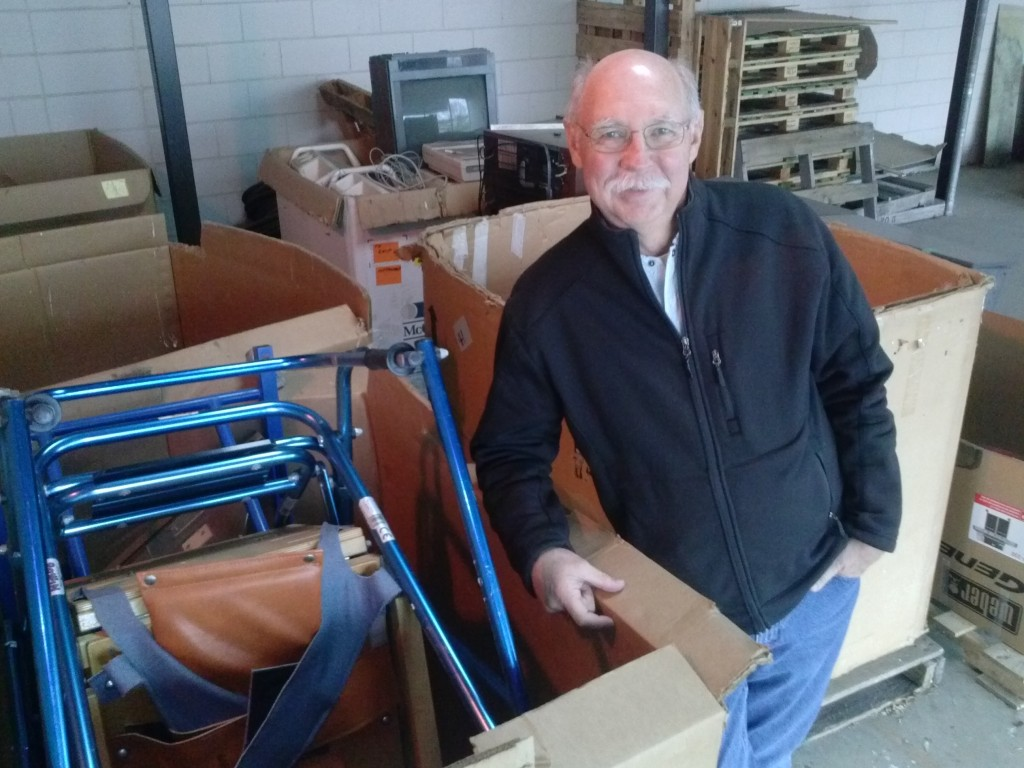 Mano a Mano volunteer Bob Lundgren, at the Mano a Mano warehouse in St. Paul, Minnesota