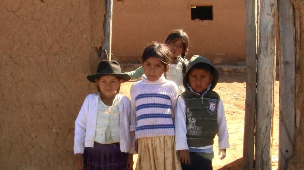 Children in Comun Pampa
