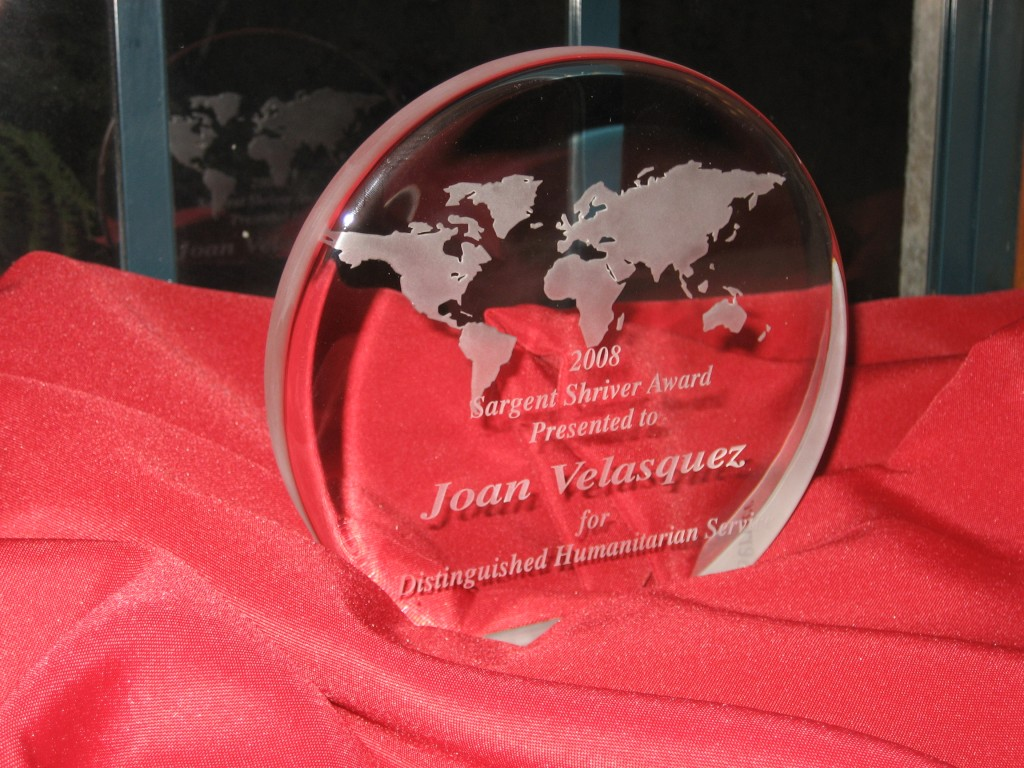 #FlashbackFriday – Joan Velasquez Wins Sargent Shriver Award