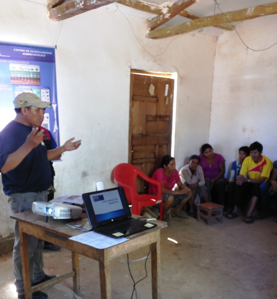 Mano a Mano workshop in Omereque, December 2016.